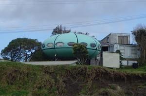 ufo-house1