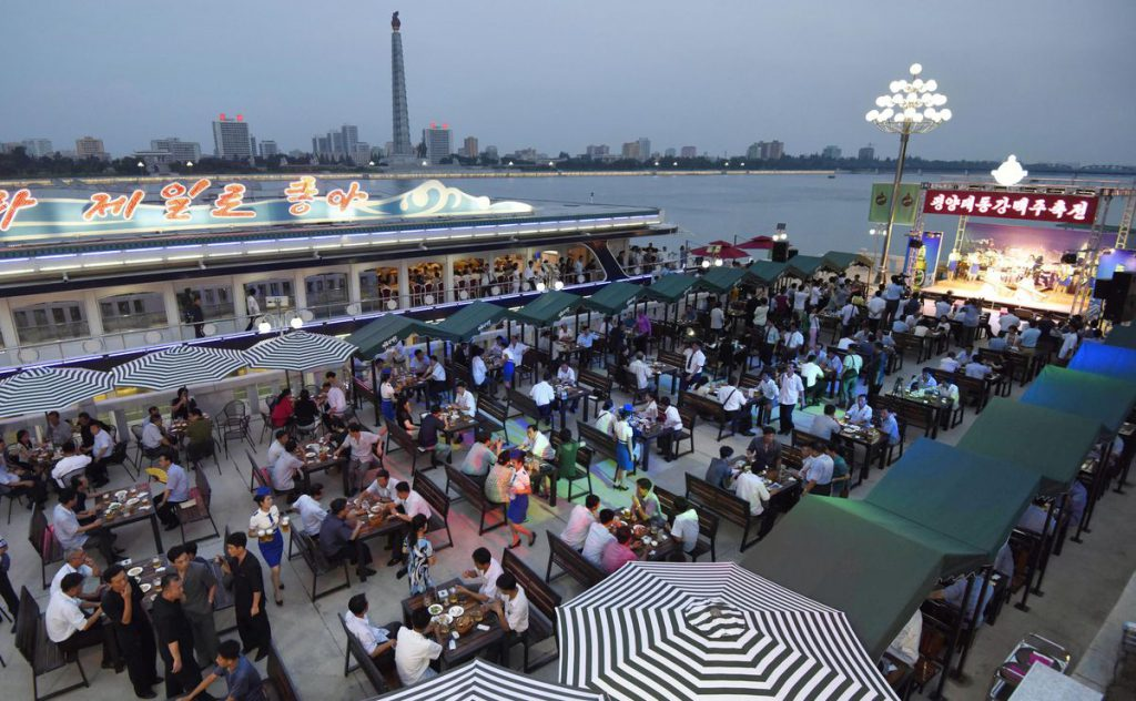 500 guests enjoyed beer