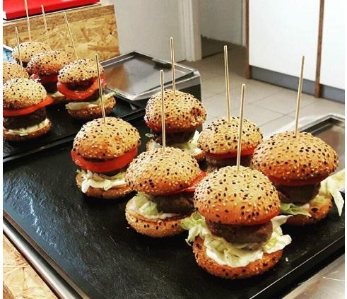 eataly-world-organic-burgers